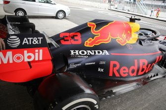 Red Bull Racing RB15, side