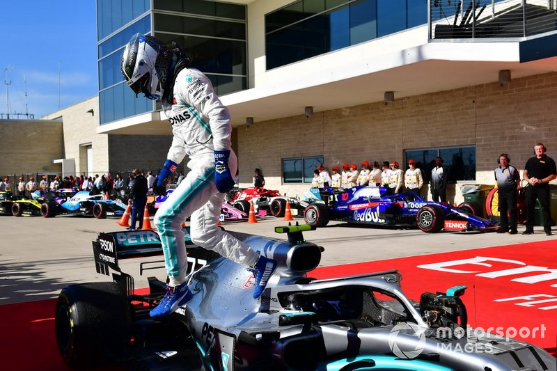 Valtteri Bottas, Mercedes AMG F1, 1st position, climbs out of his car