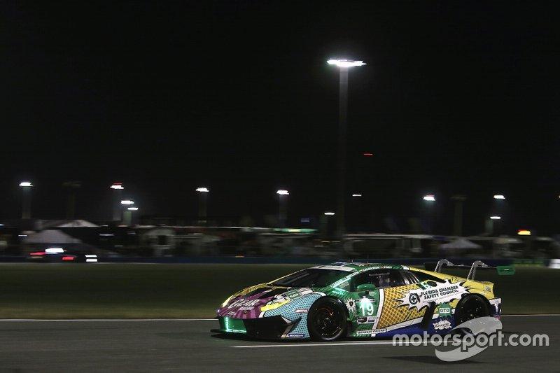 #19 GEAR Racing powered by GRT Grasser Lamborghini Huracan GT3: Christina Nielsen, Katherine Legge, Tatjana Calderon, Rahel Frey