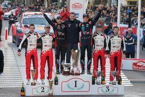 Podium: 1. Thierry Neuville, Nicolas Gilsoul, 2. Sébastien Ogier, Julien Ingrassia, 3. Elfyn Evans, Scott Martin