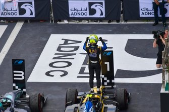 Luca Ghiotto, UNI Virtuosi Racing, celebrates victory in parc ferme