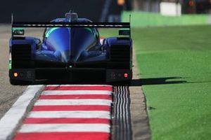 Роберто Лакорте, Андреа Беликки и Джорджо Сернаджотто, Cetilar Racing, Dallara P217 (№47)