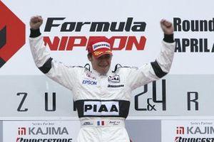 Race winner Loic Duval, Nakajima Racing