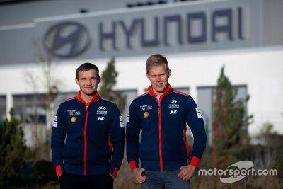Tänak Hyundai factory visits
