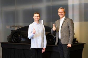 Jonathan Aberdein e Jens Marquardt, BMW Group Motorsport Director