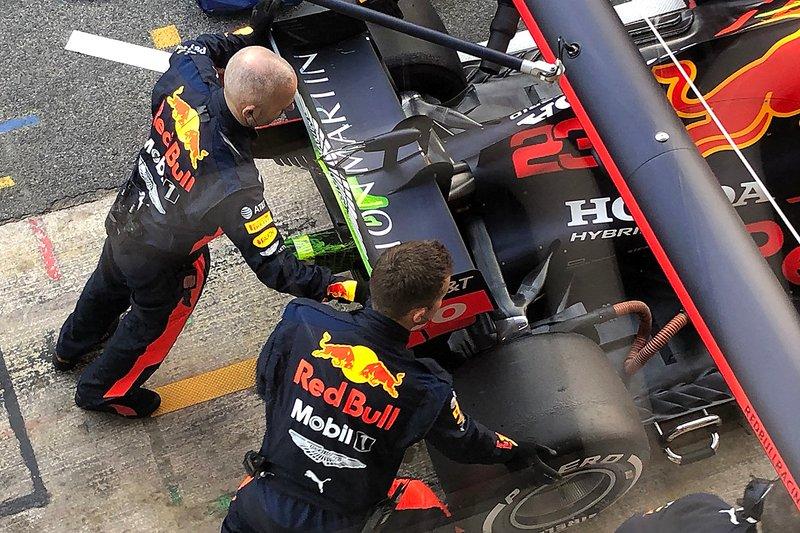 Заднее антикрыло Red Bull RB16