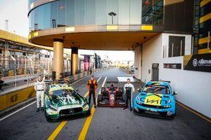#999 Mercedes-AMG Team GruppeM Racing Mercedes AMG GT3: Raffaele Marciello, Richard Verschoor, MP Motorsport, Andy Priaulx, Cyan Performance Lynk & Co 03 TCR