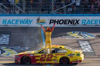 Race Winner: Joey Logano, Team Penske, Ford Mustang