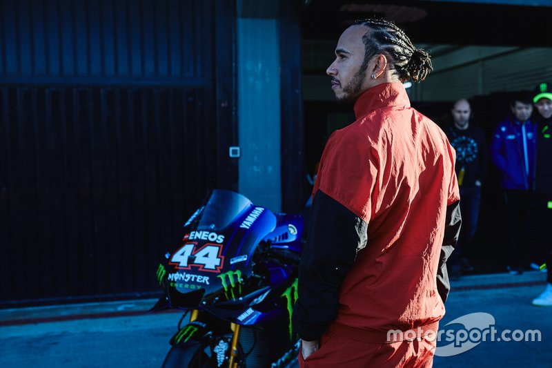 Y en moto. ¿Con qué nos sorprenderá Hamilton en el futuro?