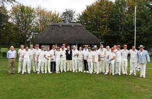 Partido de Cricket Team Line Up