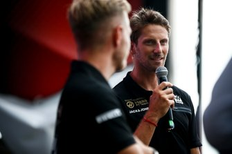 Kevin Magnussen, Haas F1 Team, and Romain Grosjean, Haas F1 Team, on stage