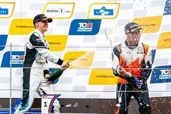 Podium: Race winner Josh Files, Target Competition Hyundai i30 N TCR, third place Daniel Lloyd, Brutal Fish Racing Team Honda Civic Type R