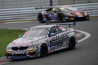 #81 BMW Team Studie