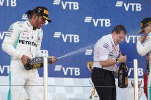 Lewis Hamilton, Mercedes AMG F1, 1st position, sprays the Champagne