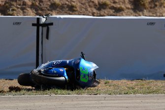Enea Bastianini, Italtrans Racing Team, bike after his crash