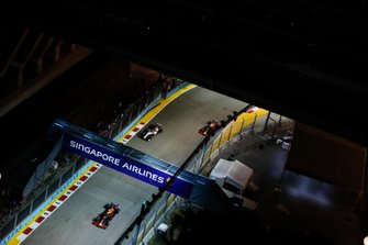 Alexander Albon, Red Bull Racing RB15, leads Kimi Raikkonen, Alfa Romeo Racing C38 and Max Verstappen, Red Bull Racing RB15