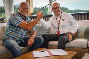 Dietrich Mateschitz, PDG de Red Bull, Carmelo Ezpeleta, PDG Dorna Sports