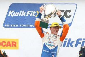 Podium: Rory Butcher, AmD Tuning Honda Civic