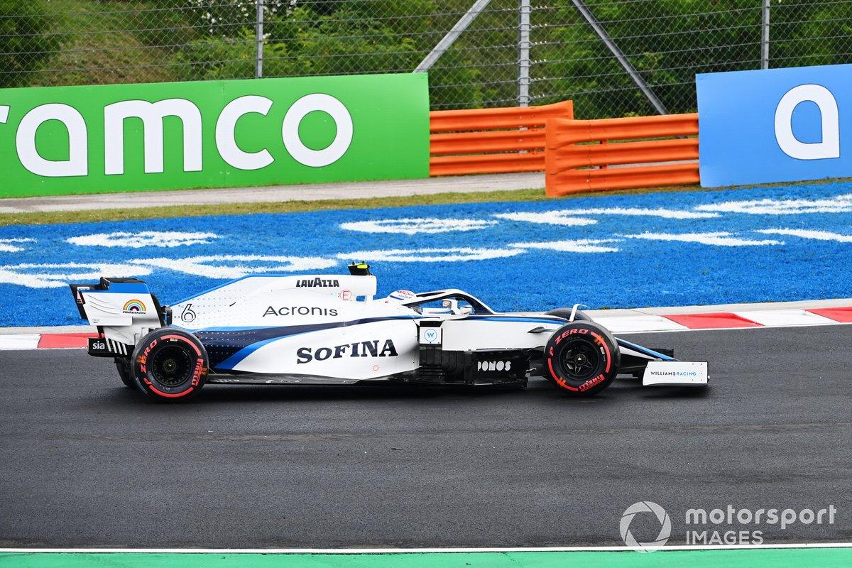 Nicholas Latifi, Williams FW43 hace un trompo
