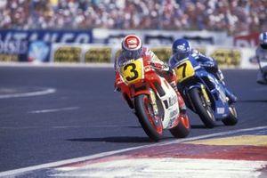 Eddie Lawson, Marlboro Yamaha Team Agostini, Christian Sarron, Team Gauloises Blondes Yamaha Mobil 1