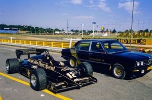 Nigel Mansell's Lotus 95T Renault beside a John Player Special-liveried BMW