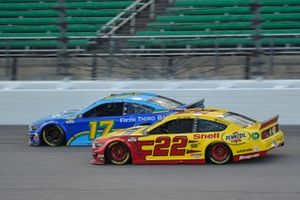 Chris Buescher, Roush Fenway Racing, Fifth Third Bank Ford Mustang, Joey Logano, Team Penske, Ford Mustang Mustang Shell Pennzoil Ford Mustang