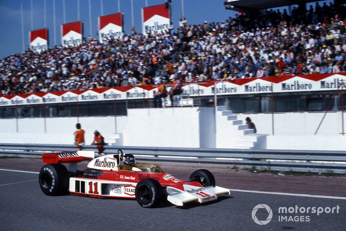 В итоге Хант одержал первую победу в сезоне. McLaren могла завоевать дубль, но на машине Йохена Масса за десять кругов до финиша отказал мотор