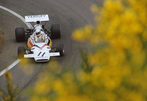 Brian Redman, McLaren M19A Ford, during practice