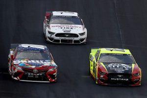 Kyle Busch, Joe Gibbs Racing, Toyota Camry, Ryan Blaney, Team Penske, Ford Mustang, Brad Keselowski, Team Penske, Ford Mustang