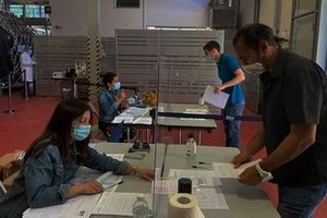 Serology test at Scuderia Alpha Tauri HQ