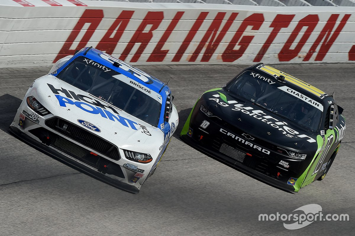 Chase Briscoe, Stewart-Haas Racing, Ford, Ross Chastain, Kaulig Racing, Chevrolet Camaro
