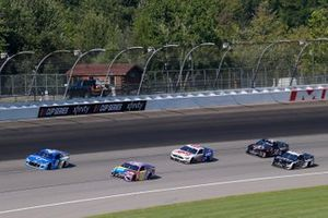 Ricky Stenhouse Jr., JTG Daugherty Racing, Chevrolet Camaro Kroger, Kyle Busch, Joe Gibbs Racing, Toyota Camry M&M's Fudge Brownie
