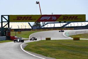 Nicholas Latifi, Williams FW43, Romain Grosjean, Haas VF-20