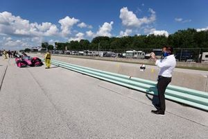 Michael Shank takes a photo of his front-row car. Jack Harvey, Meyer Shank Racing Honda