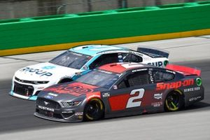 Brad Keselowski, Team Penske, Ford Mustang Snap-On, Austin Dillon, Richard Childress Racing, Chevrolet Camaro RigUp