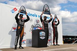 Josef Newgarden, Team Penske Chevrolet, Patricio O'Ward, Arrow McLaren SP Chevrolet, Will Power, Team Penske Chevrolet celebrate on the podium