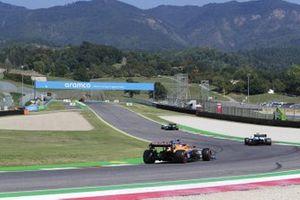 Nicholas Latifi, Williams FW43, Lando Norris, McLaren MCL35