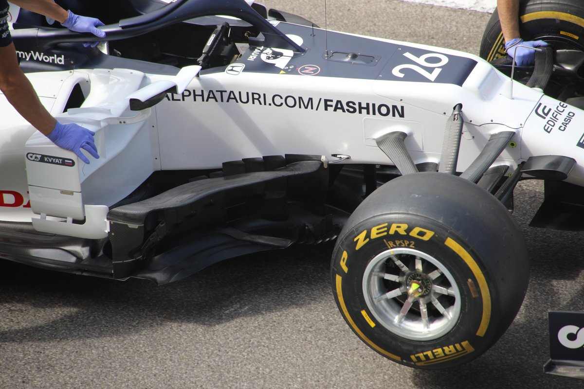 AlphaTauri AT01 sidepods