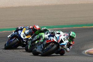 Eugene Laverty, BMW Motorrad WorldSBK Team, Xavi Fores, Kawasaki Puccetti Racing, Loris Baz, Ten Kate Racing Yamaha