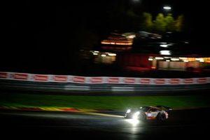#22 Frikadelli Racing Team Porsche 911 GT3-R: Timo Bernhard, Frederic Makowiecki, Dennis Olsen