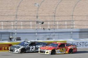 Matt Kenseth, Chip Ganassi Racing, Chevrolet Camaro McDonald's, Ty Dillon, Germain Racing, Chevrolet Camaro GEICO Military