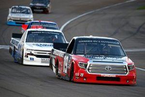 Derek Kraus, McAnally Hilgemann Racing, Toyota Tundra SHOCKWAVE/ENEOS, Tate Fogleman, Young's Motorsports, Chevrolet Silverado Solid Rock Carriers
