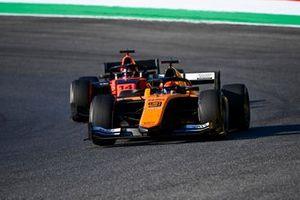 Jack Aitken, Campos Racing, precede Nobuharu Matsushita, MP Motorsport