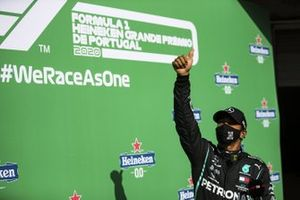 Pole man Lewis Hamilton, Mercedes-AMG F1, gives a thumbs up after Qualifying