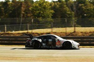 #88 Dempsey-Proton Racing Porsche 911 RSR: Thomas Preining, Dominique Bastien, Adrien de Leener
