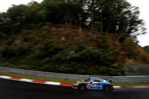 #420 Four Motors Bioconcept-Car Porsche Cayman GT4 CS: Marco Timbal, Henrik Bollerslev, Matthias Beckwermert