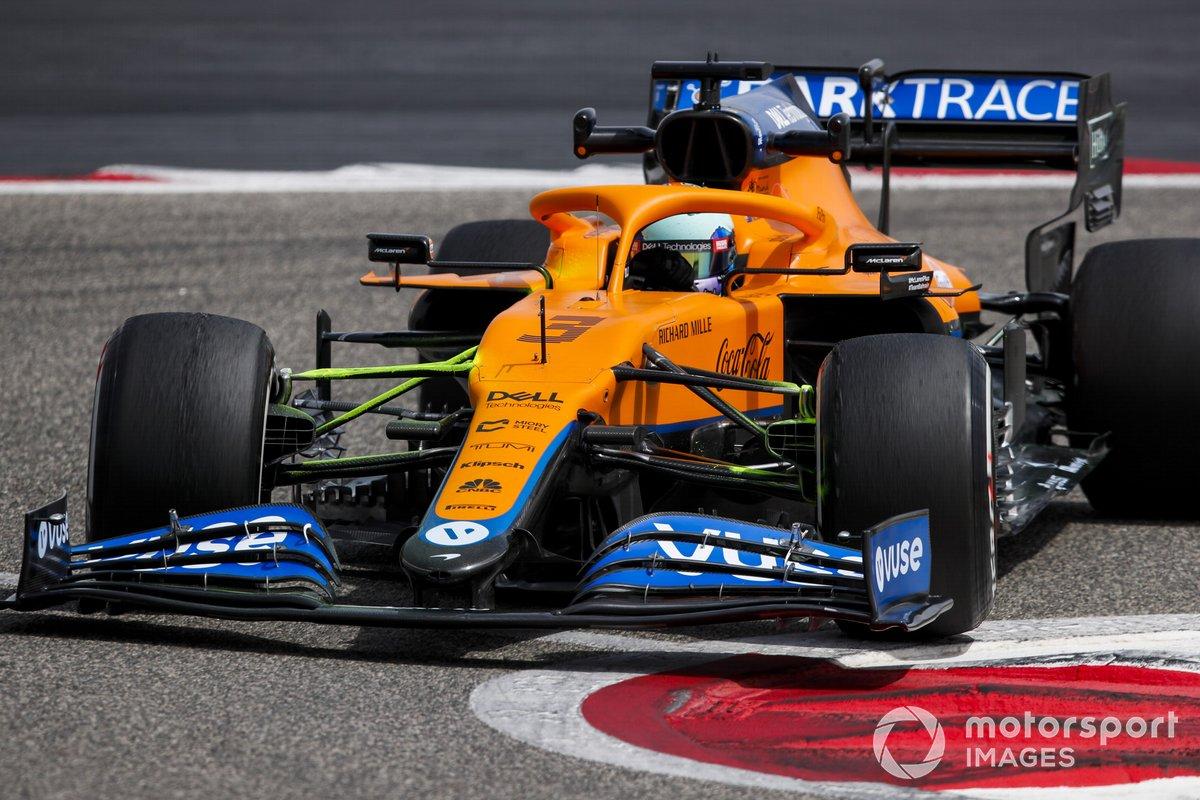 7º Daniel Ricciardo, McLaren MCL35M, 1:30.144 (con neumáticos C4)