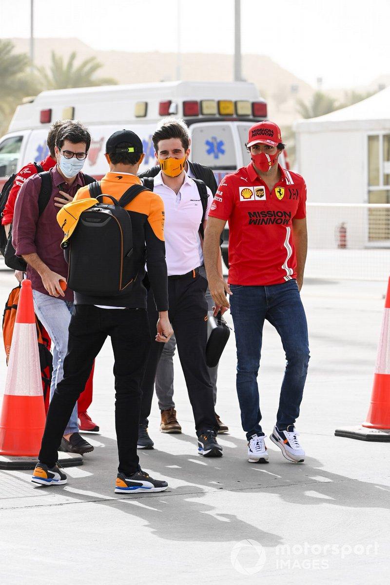 Carlos Sainz Jr., Ferrari y Lando Norris, McLaren