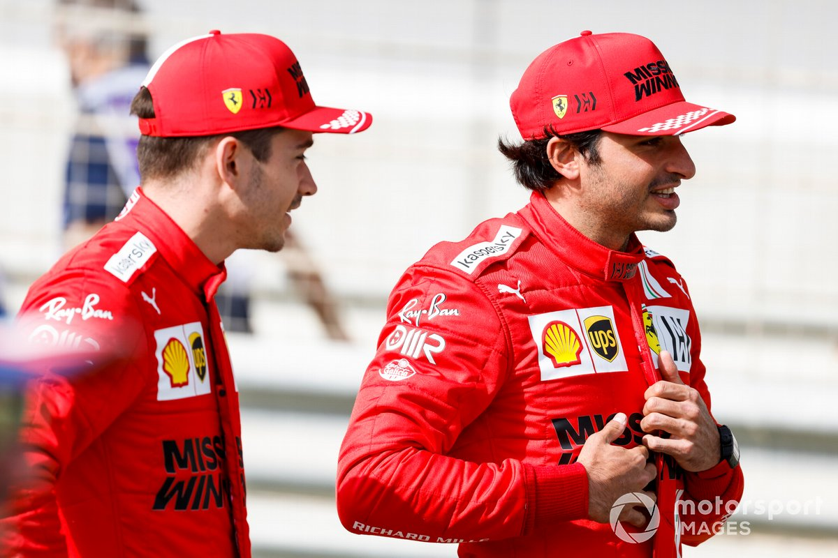 Carlos Sainz Jr., Ferrari y Charles Leclerc, Ferrari