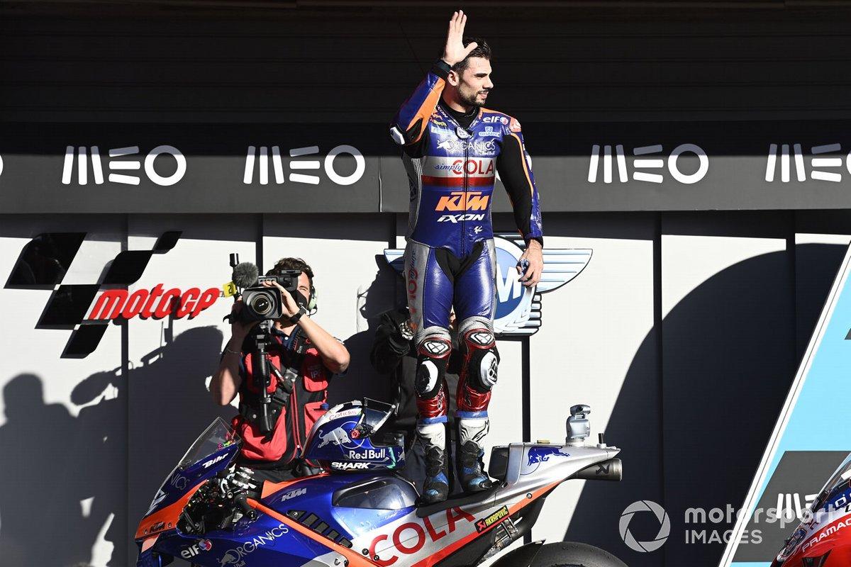 Il vincitore della gara Miguel Oliveira, Red Bull KTM Tech 3